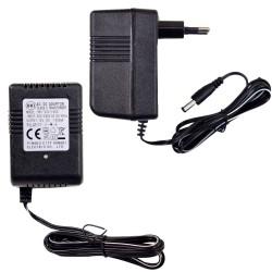 Zasilacz 12V 1000 mA z diodą pasujący do większość pojazdów na akumulator